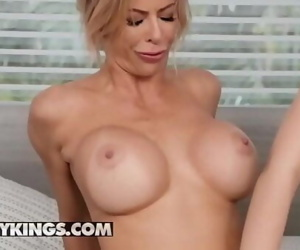 Moms Bang Teens(Alexis Fawx,..